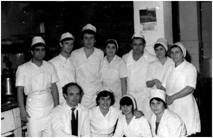 """""""Turizmi"""" në Gjirokastër - Kuzhinierët me Famë dhe Tradita Kulinare e Trashëguar ndër Breza!"""