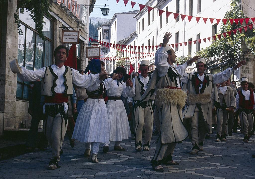 Si festohej Dita e Flamurit në Gjirokastër pas vitit 1912