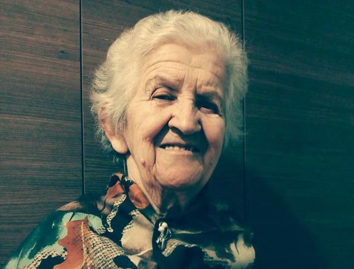 Mësuesja Veterane Pranvera Karagjozi Falënderon për Artikullin e Gjirokastra Online dhe ka këtë Urim për ish Nxënësit e Saj!