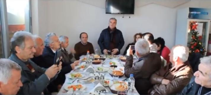 Tryezë Festive e Unionit të Gazetarëve të Sarandës! Gjirokastra Online i Uron Krijimtari të Mbarë e Plot Gëzime!