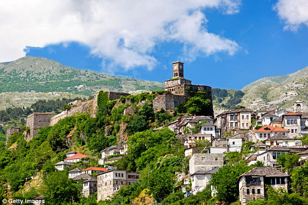 """DAILY MAIL in Gjirokastra: """"Beautiful scenery, charming people and cheap as chips..."""", and the Hotel that impressed them!"""