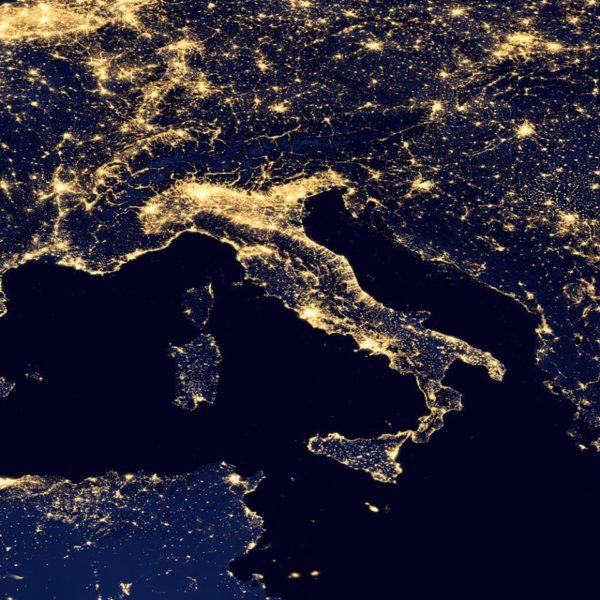Si duket Italia nga Hapësira! Mos Pyesni për Shqipërinë, e kanë nxjerrë...