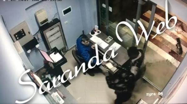 SHOKUESE! Pamjet e vjedhjes me armë ditën e sotme në Sarandë!