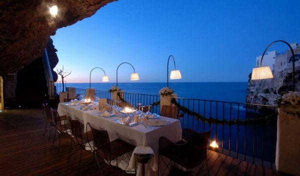 A është ky Restoranti më Romantik në Botë? Ja ku ndodhet...