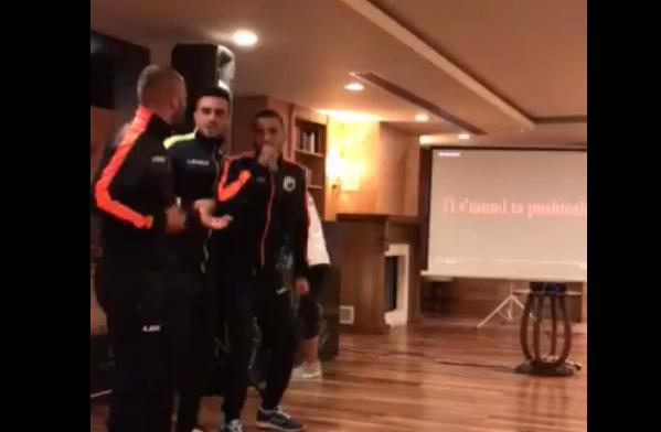Luftëtari përshëndet LIVE nga Turqia me këngën e ELITA 5! Të Martën në fushë me lojtarë të rinj, njëri brazilian!