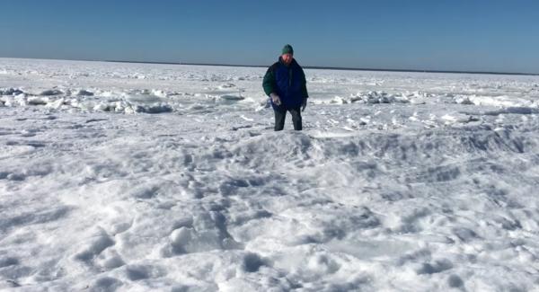 Oqeani në Amerikë Ngrin i Tëri - Pamjet në këto Video me Dron janë të Pabesueshme!
