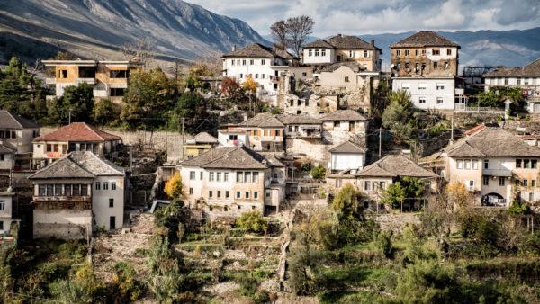 Shtëpitë e Pritjes në Gjirokastër dhe Transformimi i tyre ndër Vite!