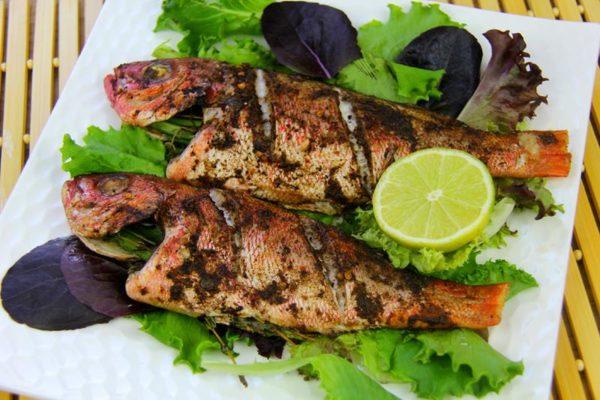 Gatime Peshku - Nga Kuzhinieri Spiro Lula, që edhe në Greqi ka gatuar vetëm në Restorante Peshku me Emër!