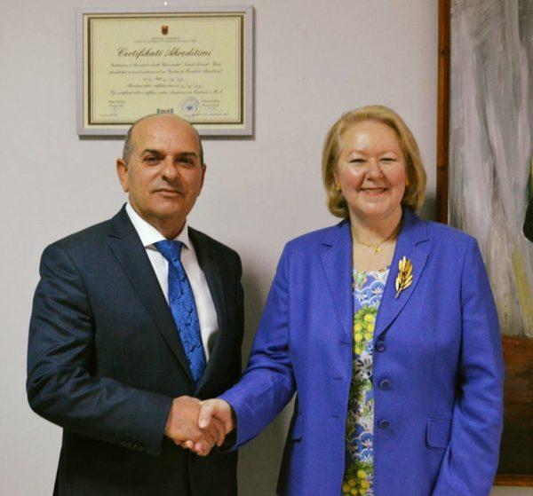 """Universiteti """"Ismail Qemali"""" Vlorë - Takim me Ambasadoren Greke në Shqipëri!"""