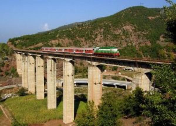 Lajm i Mirë/ Linjë Hekurudhore nga Porti i Igumenicës deri në Gjirokastër!