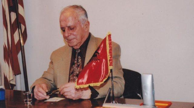 """Ndahet nga Jeta Presidenti i Nderit i Federatës Panshqiptare të Amerikës """"VATRA"""", Agim Karagjozi!"""