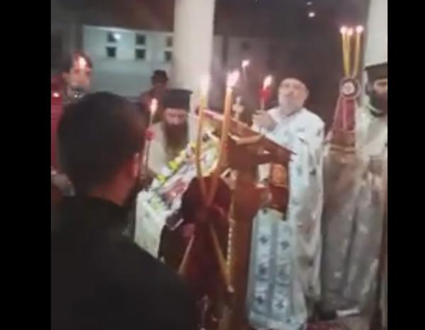 Kremtimi i Pashkës në Katedralen e Re në Gjirokastër - At Theodhori Nikolla bën Thirrje për Paqe dhe Ndriçim të Brendshëm!