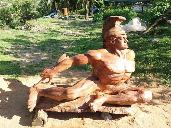 Ekskluzive/ Skulptori Murat Keraj ndan me Gjirokastra Online disa nga Krijimet e tij! Nesër Intervista e Plotë...