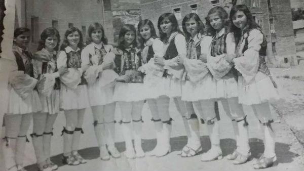 Valltaret e Famshme të Shkollës së Mesme të Dervicianit të vitit 1977!