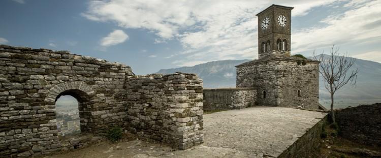 Faktet Interesante që na Zbulojnë Gërmimet Arkeologjike në Kështjellën e Gjirokastrës!