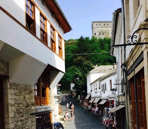 Kroi i Premtos dhe Krojet e tjera që mungojnë në lagjet e Gjirokastrës