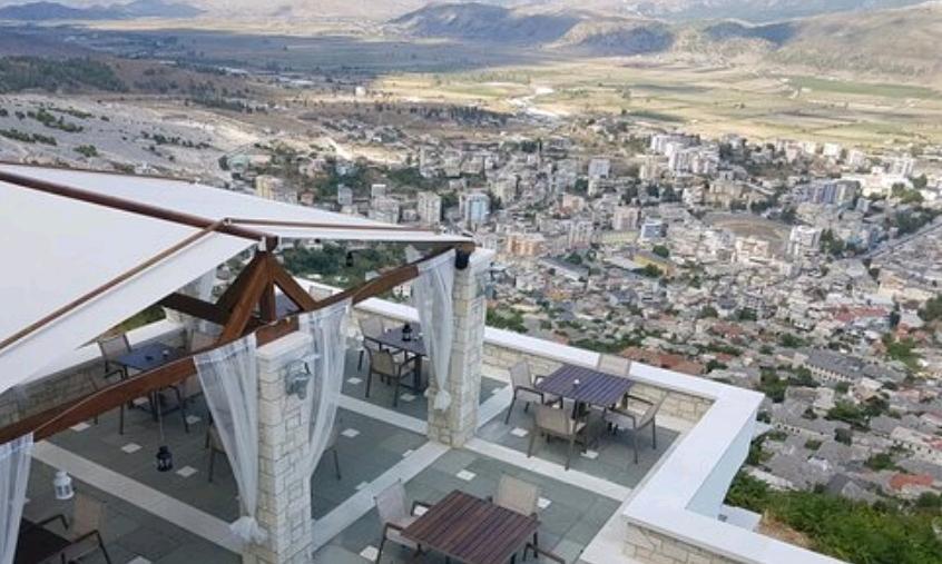 """Sot Gjirokastra do kishte 3 Teleferikë në linjën """"18 Shtatori -Këcullë -Kala -Turizëm"""" nëse do të Shfrytëzohej..."""