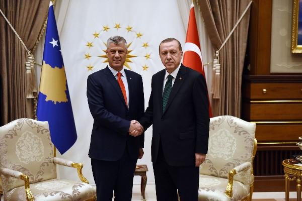 Erdogan thote se Turqit Shqiptarët dhe Boshnjakët janë një! Premton mbrojtje nga Serbia pavarësisht Halleve Ekonomike!