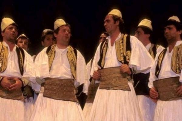 Arian Shehu - Të lumtë goja, këngë e gëzime paç ngahera! Gëzuar Ditëlindjen, Mjeshtër i Madh i Polifonisë Gjirokastrite!
