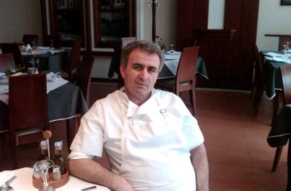 Sot ka Ditëlindjen Selo Gërxenaj - Kuzhinieri profesionist që i jep rrugë traditës, bashkëkohores dhe fantazisë së tij