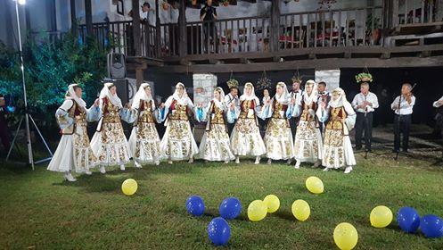 """Vajzat e Valles Tradicionale të Dropullit dhe Sazet e Këlcyrës në """"Ahengun Shkodran"""""""