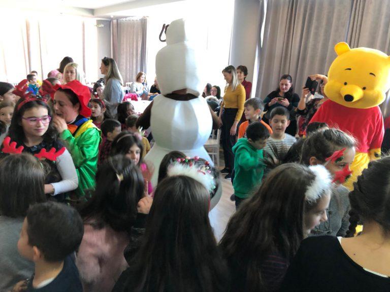 Viti i Ri Pritet me Gëzim nga Fëmijët në Fshatin Vanistër të Dropullit në Gjirokastër