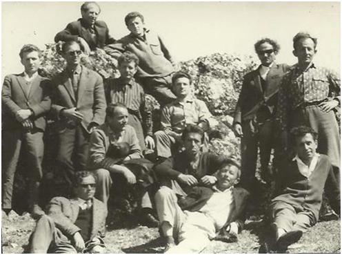 Kujtesë: Mësues të Nderuar të Gjirokastrës - Kush prej Tyre ju ka Ndukur Veshin?!
