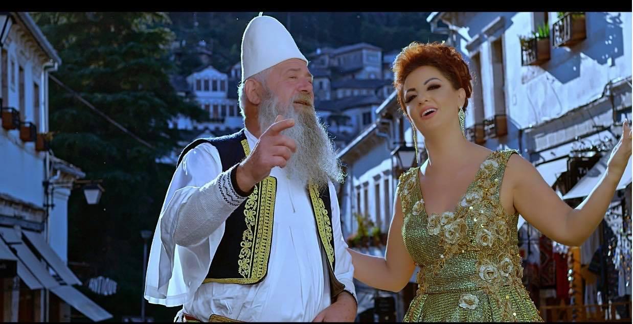 Të Pathëna nga Jeta dhe Veprimtaria Artistike e Këngëtares të Shquar Gjirokastrite Juli Çenko - I jam Mirënjohëse Gjyshit tim Demo Çenko që më Hapi Rrugën e Këngës Polifonike të Qytetit tim te Dashur, Gjirokastrës!