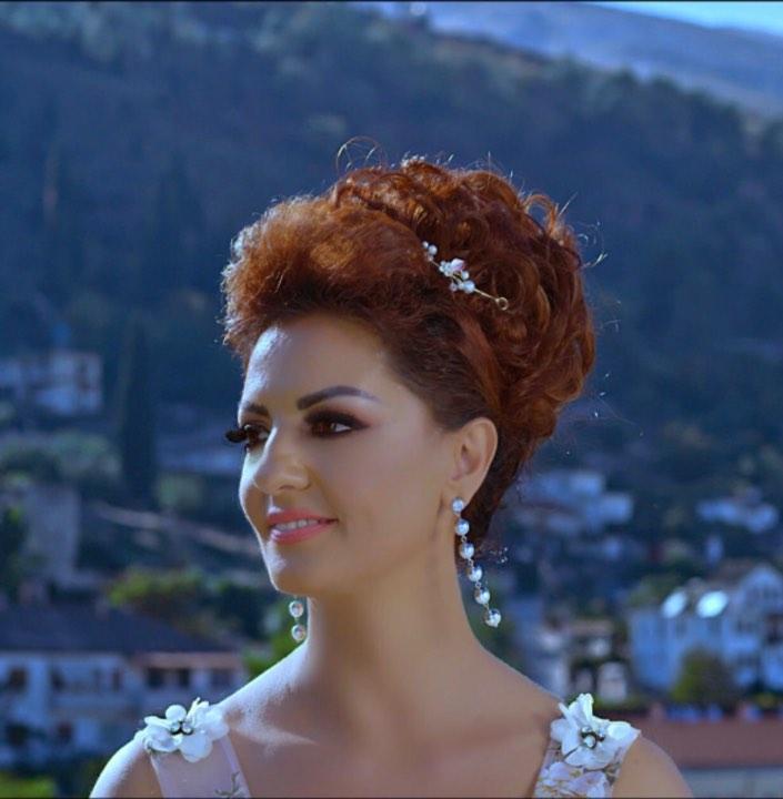 Shën Valentini në Lokalin Nisea të Bregdetit të Megaras festohet me Këngët e Juli Çenkos dhe Këngëtarëve...