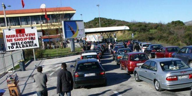 Emigrantë të Shumtë iu Bashkohen Familjeve në Shqipëri për Festat e Fundvitit! Fluks në Kakavijë dhe Kapshticë...
