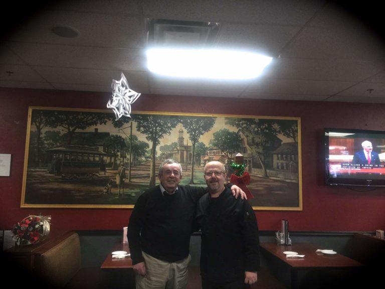 """""""Darkat Shqiptare"""" në Quinc afër Bostonit me Gatime Tipike të Gjirokastrës dhe Libohovës nga Kuzhinieri i Famshëm Gjirokastrit Arben Berberi dhe Nëna e tij Liri Berberi Bylibashi"""
