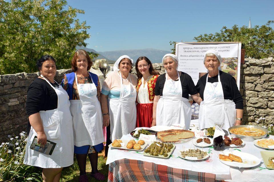 Dita Botërore e Gastronomisë/ Cilat gatime dhe pjata pëlqeni,të gjysheve, të shtëpisë apo restoranteve?!