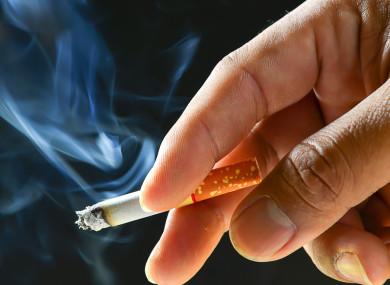 Një Lajm i Keq për Duhanpirësit: Nga Sot do Paguajnë 10 lekë më Shumë për Paketat e Cigareve