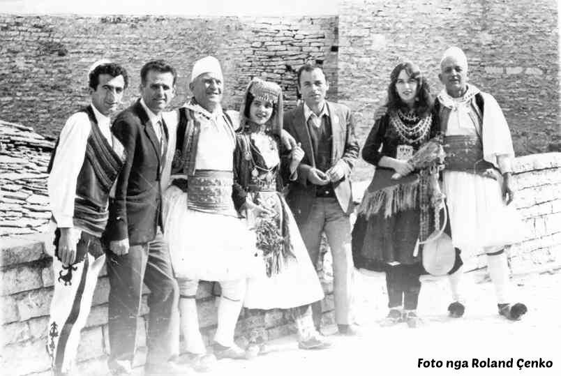 Kujtesë/ Këngëtarët e Famshëm të Polifonisë Gjirokastrite Xhevat Avdalli dhe Demo Çenko