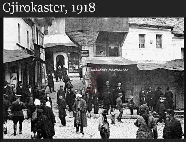 Ka Ndodhur/ Tregu i Gjirokastrës Eshtë Dëmtuar Rëndë Nga Një Zjarr i Madh!
