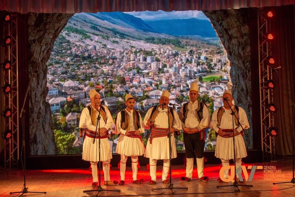 Dokumentar për Familjen Çenko ku Kenga Polifonike e Gjirokastrës Ishte e Para...