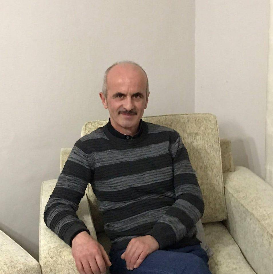 Punët me Gdhendje në Dru të Anastas Petridhit në Pazarin e Gjirokastrës që Shëtitin Botën
