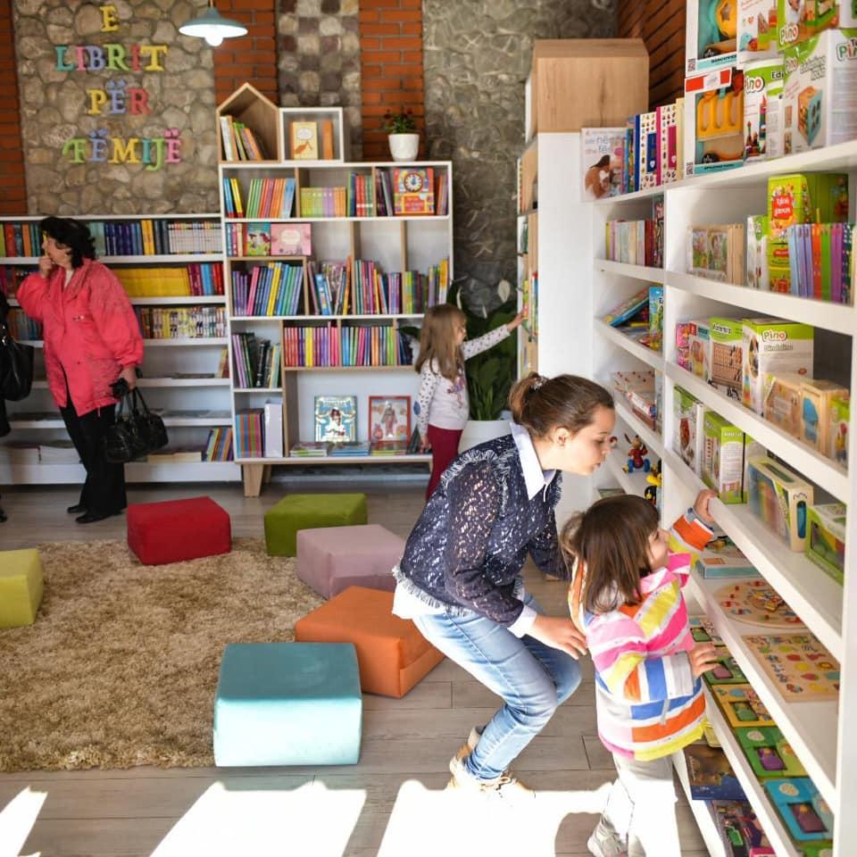 Libri dhe Fëmijët/ Këtë Lajm Duhet ta Lexojnë të Gjithë Prindërit !