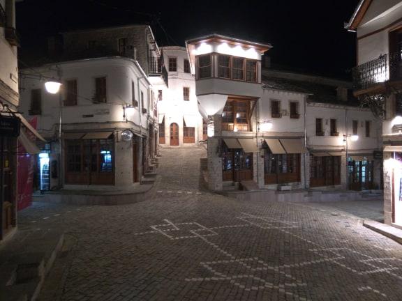 """""""Bomba Atomike"""" ne Pazarin e Gjirokastres - Ja Fotot ekskluzive nga Fatjon Mosho..."""