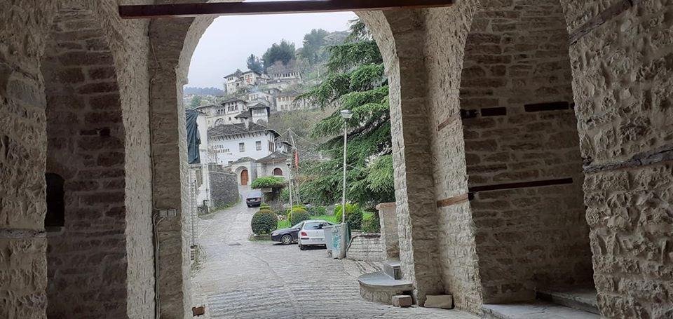 Xhamija e Pazarit në Qytetin e Gjirokastrës e Restauruar-Faleminderit Ferdinand Makri për Fotot