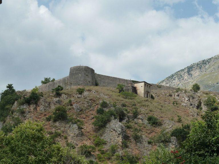 Paja Madhështore e Pashait të Tepelenës për Motrën e Tij
