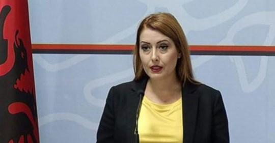 """Ministrja Manastirliu: Eshtë realizuar me sukses ndërhyrja urgjente kirurgjikale te një vajzë e re me koronavirus te spitali """"Shefqet Ndroqi�"""