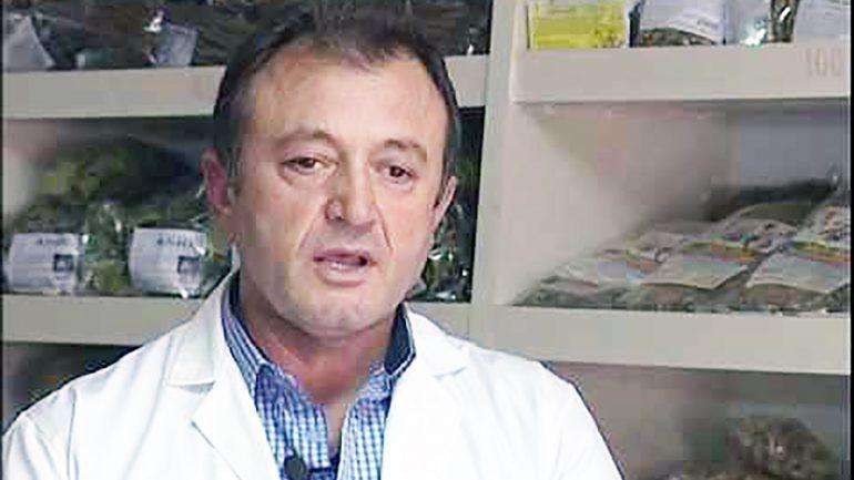 """Mjeku Popullor Ylli Merja """" Mos Harroni Ponç me Raki dhe me Pak Sheqer"""",Ponç Pinin dhe Plakat e Jetës në Gjirokastër!"""
