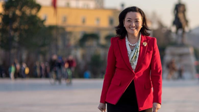 """Ambasadorja Amerikane në Shqipëri Yuri Kim: U surprizova! Ne nuk kemi asnje lidhje me """"manifestimin"""" e sotëm!"""