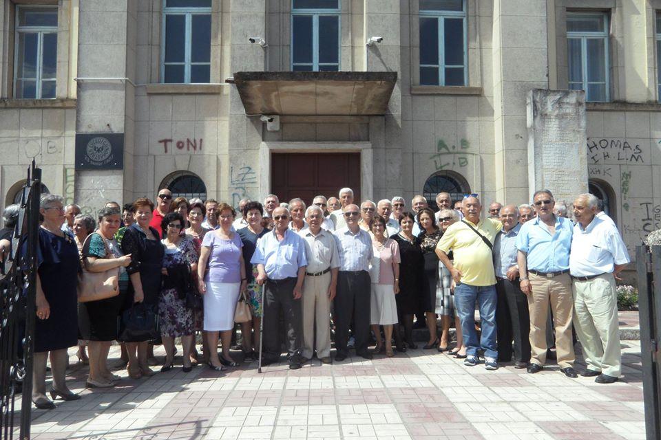 Gjimnazi i Gjirokastrës, maturat në gjurmët e kujtimeve...