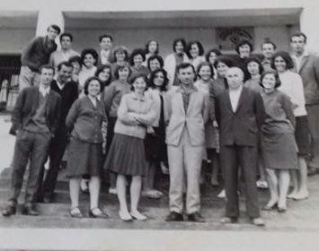 """Kujtesë/ Mësues të shkollës""""Bajo Topulli"""" dhe """"Naim Frashëri"""" të qytetit të Gjirokastrës"""