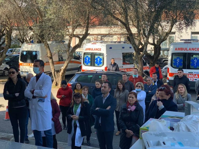 4000 urgjenca te pritura, ja si ju ndihmojne ekipet mjekesore