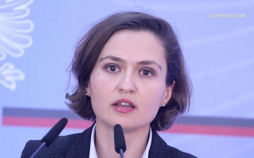 Ministrja e Arsimit, Besa Shahini, urdher me kater pika per universitetet, ja cilat jane!