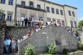 """Rruga e Gjimnazit të Gjirokastrës në kujtime-""""Kam mall, po s`mundem më tani"""""""