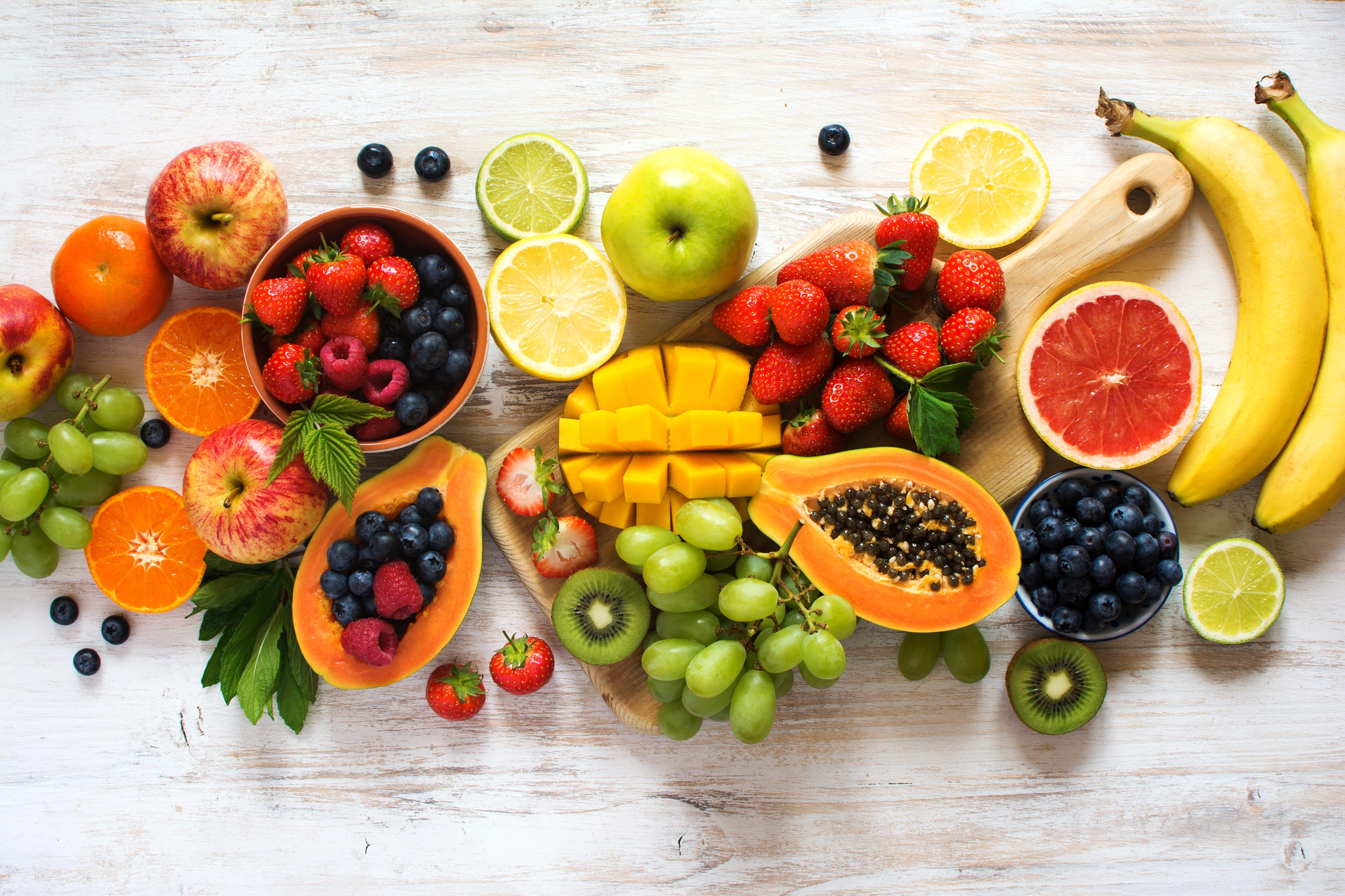 Zbuloni cilat fruta mund ti hani sebashku me lekuren e tyre